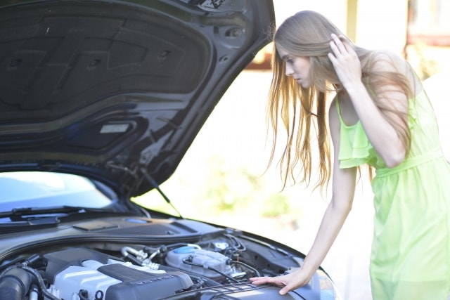 """エンジンがかからない!?""""かぶった""""ときに試したい簡単な対処法!"""