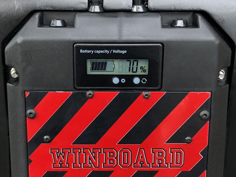 電動スケボー WINboard Spark X デッキ背面モニター