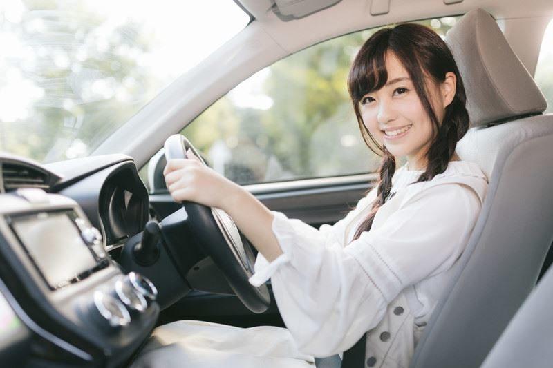 正しいドライビングポジション、間違ったドライビングポジション