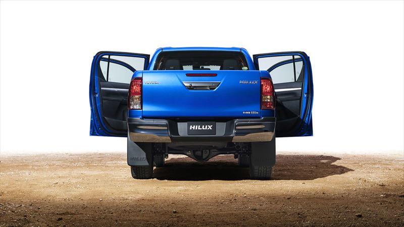 トヨタ ハイラックス タフ&エモーショナルな独自のデザイン。