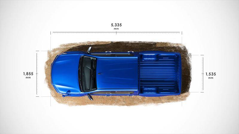 トヨタ ハイラックス パワフルさを物語る、大迫力の1ナンバーサイズ。